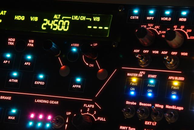 Ledoka A100 flight control unit